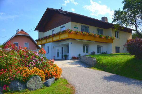 Zdjęcia hotelu: Ferienwohnung Martinschitz, Sankt Kanzian