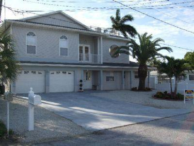 Hotel Pictures: 244 Flamingo Holiday Home, Fort Myers Beach
