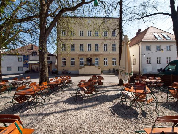 Hotel Pictures: Gasthof Klement, Isen