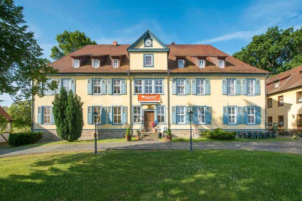 Hotel Pictures: Hotel Zum Herrenhaus, Behringen