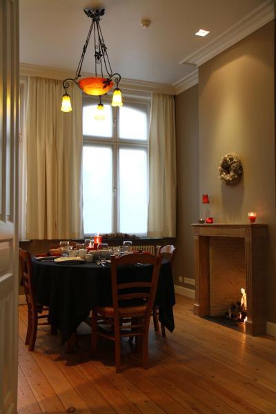 Zdjęcia hotelu: B&B @ Room's, Ypres