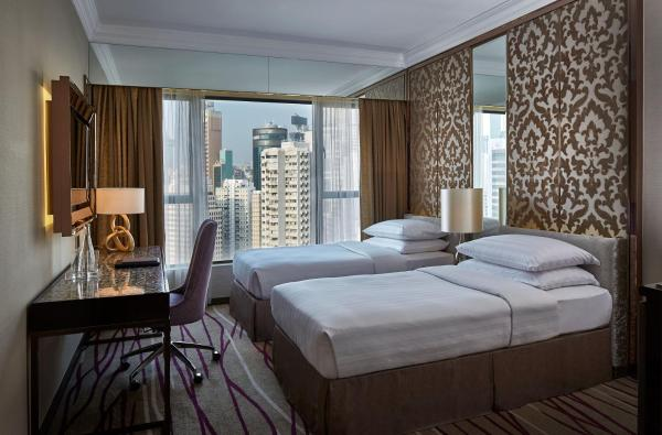 Grand Deluxe Double or Twin Room with Causeway Bay City View and Free Wi-Fi