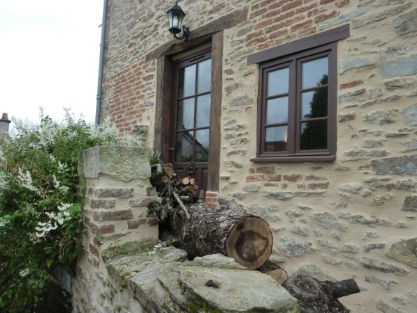 Hotel Pictures: , Châlus
