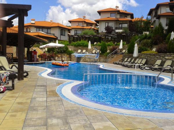 Hotellbilder: Bay View Maya 4D Apartment, Kosharitsa