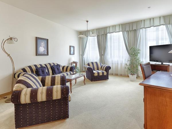 Superior Two-Bedroom Suite with Spa Package