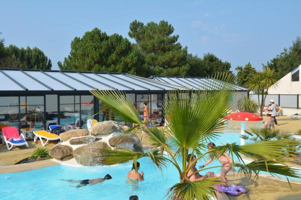 Hotel Pictures: Camping La Touesse, Saint-Lunaire