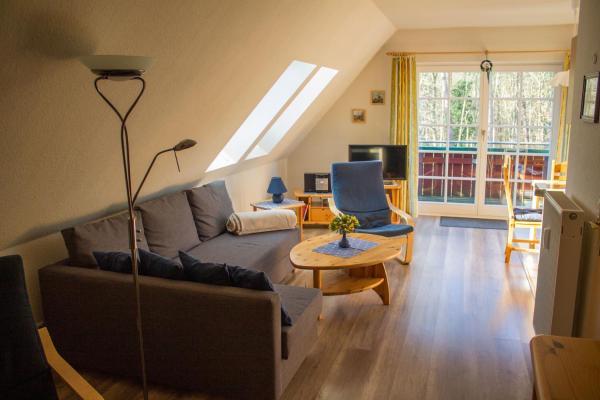 Hotel Pictures: Am Bernsteinweg, Prerow