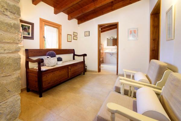 Hotel Pictures: Casa Los Naranjos, Pollença