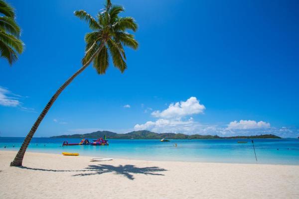 Hotel Pictures: Plantation Island Resort, Malolo Lailai