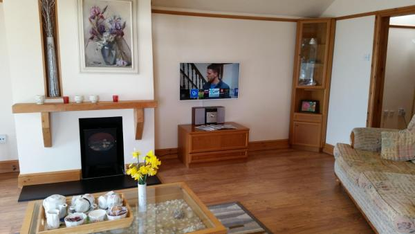 Hotel Pictures: Sea Meads Holiday Homes, Porthleven