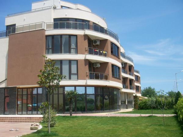 Fotos de l'hotel: Sea Wave Two - Bedroom Apartment, Nesebar