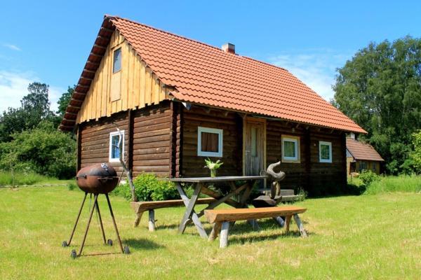 Hotel Pictures: Priidumeeli Holiday Houses, Heltermaa
