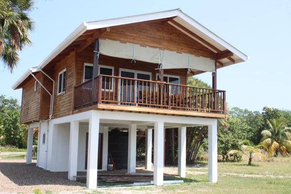 Hotel Pictures: Ponciana Villa, Maya Beach