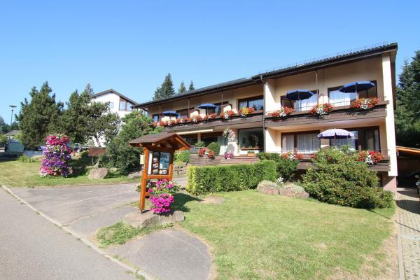 Hotelbilleder: Gästehaus Schmid-Lopez, Bad Wildbad