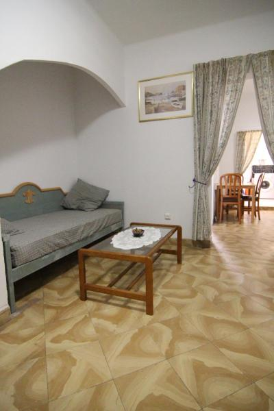 Hotel Pictures: Sunny Apartment, El Arenal