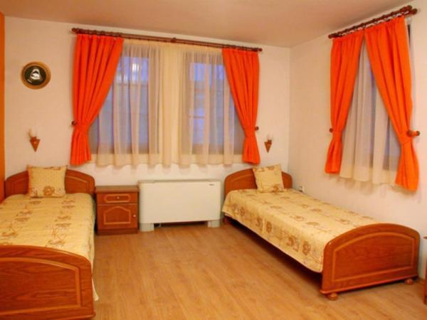 Fotos do Hotel: Hotel Izgrev, Arbanasi