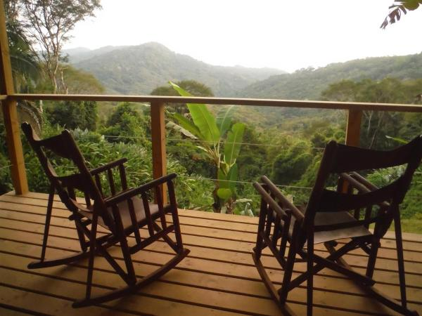 Hotel Pictures: Edge of the World Costa Rica, Dominical