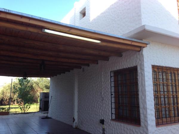Hotellikuvia: Familia Tejada, Villa Nueva