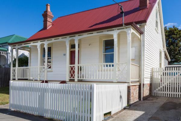 Hotel Pictures: Brampton Cottage, Hobart