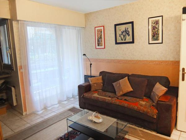 Hotel Pictures: Apartment Moulin, Vanves