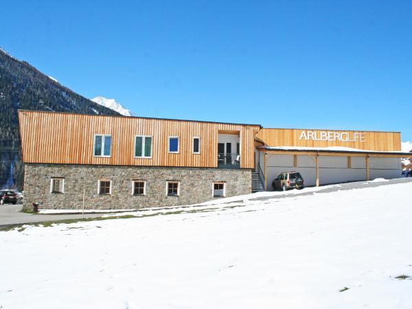 Hotellbilder: Apartment Life****.3, Pettneu am Arlberg