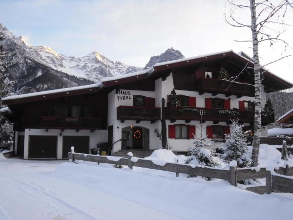 Hotel Pictures: Haus Tyrol, Sankt Ulrich am Pillersee