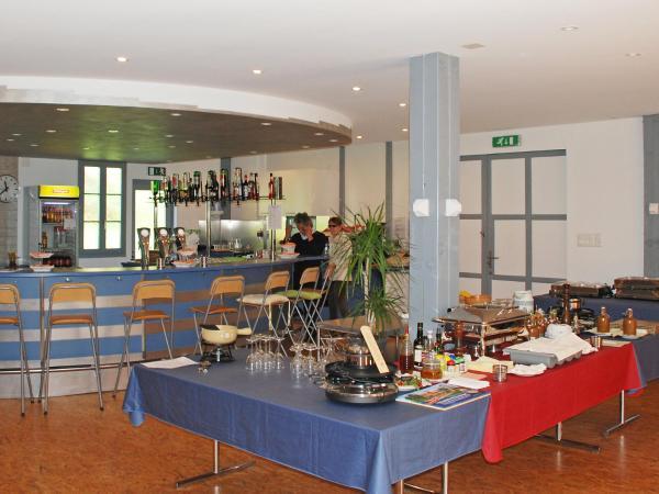 Hotel Pictures: Holiday Park Bosca della Bella, Ponte Cremenaga