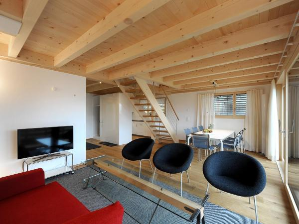 Hotel Pictures: Apartment Buggeli I.1, Lenk