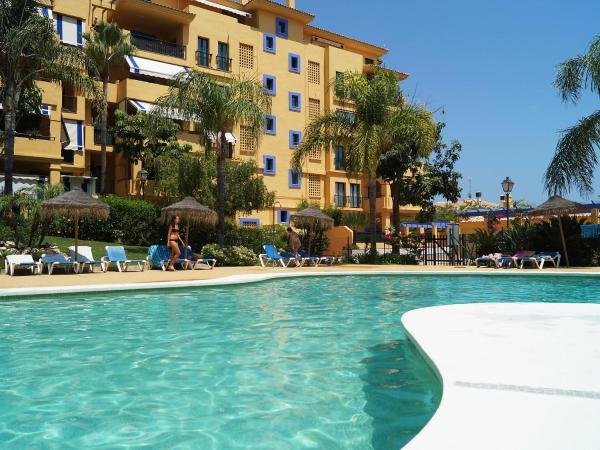 Hotel Pictures: Los Almendros, Marbella