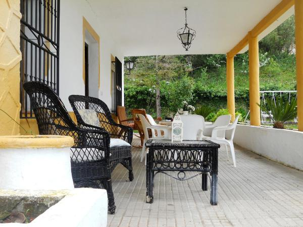 Hotel Pictures: Molino Macegal, Carcabuey