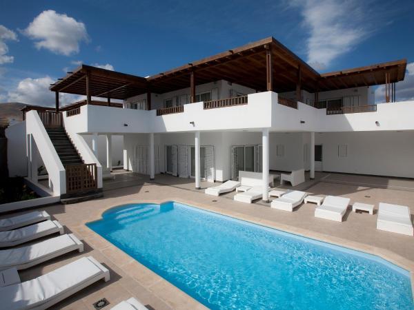 Hotel Pictures: Villa Villa Calero, Puerto Calero