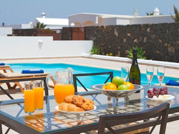 Hotel Pictures: Villa Yaiza, Puerto Calero