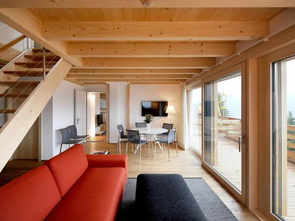 Hotel Pictures: Apartment Buggeli I.2, Lenk