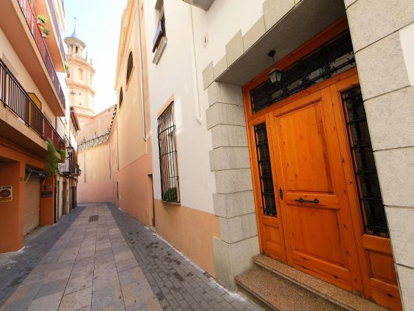 Hotel Pictures: Holiday Home Casa Esglesia, Arenys de Mar