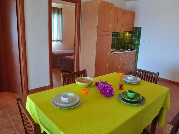 Hotel Pictures: Apartment Castaniu, San-Nicolao