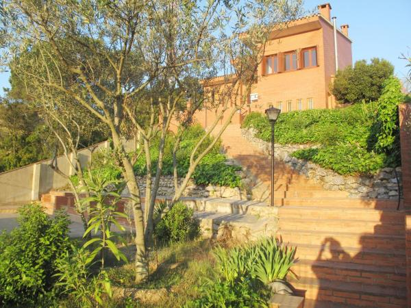 Hotel Pictures: Casa Tenesse, Sant Genís de Palafolls