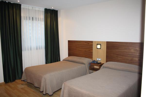 Hotel Pictures: Hotel Mar de Plata, Sarria