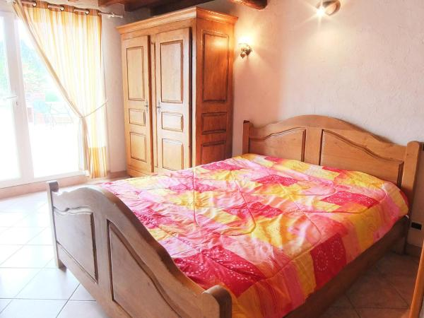 Hotel Pictures: Farm Stay Mas Santalò, Elne