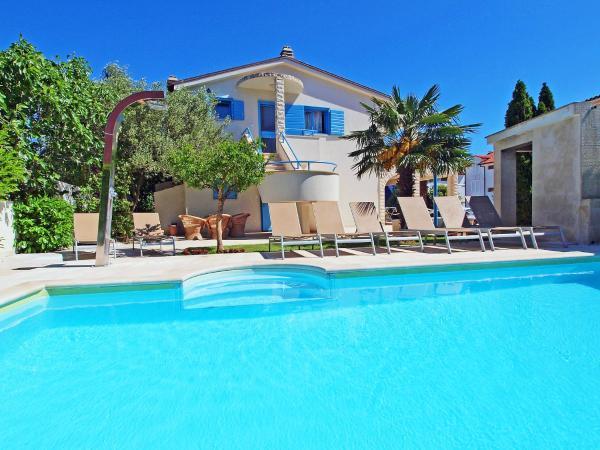 Fotos de l'hotel: Apartment Villa Pina.3, Vodice