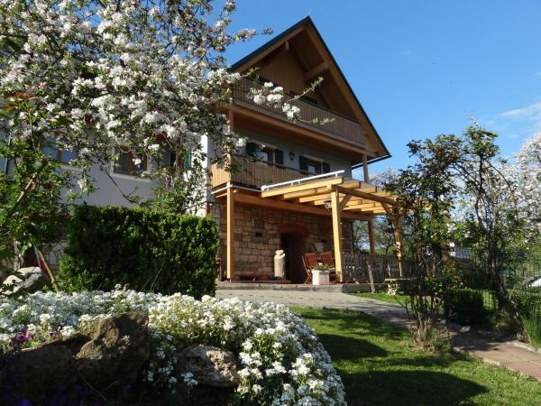 Hotelbilleder: Ferienhaus Zotter, Feldbach