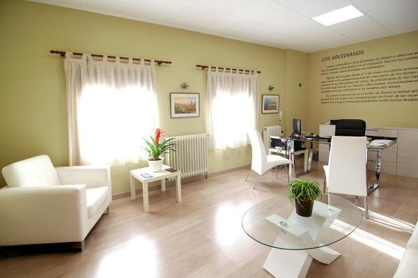 Hotel Pictures: Hostal Palacete de los Arcedianos, Tarazona de Aragón