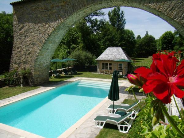 Hotel Pictures: Les Tilleuls, Saint-Georges-de-Luzençon
