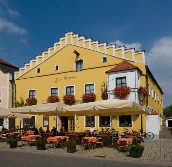 Hotel Pictures: Hotel Zur Krone, Beilngries