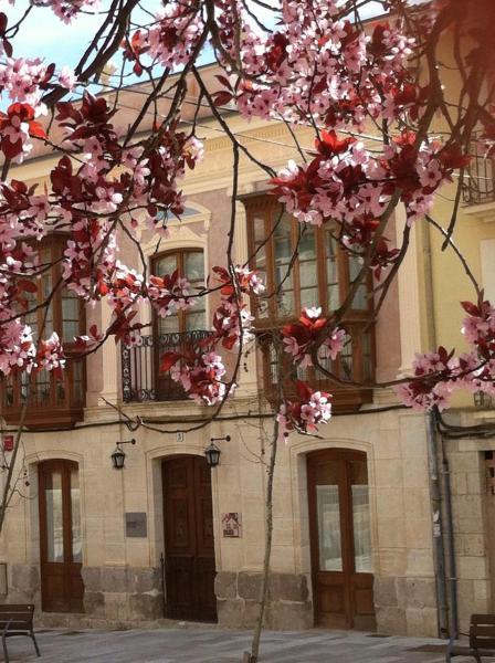 Hotel Pictures: Emebed Posada, Castrojeriz