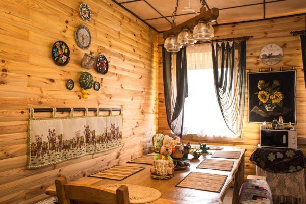 Hotel Pictures: Agrousadba Belovezhskaya Gostevaya, Novitskovichi