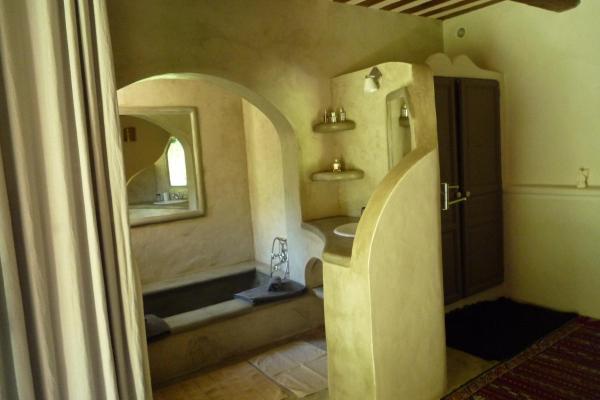 Hotel Pictures: La Siesta Andalouse, Castillon-du-Gard