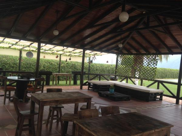Hotel Pictures: Hospedaje Rancho Cazahuates, Chicoral
