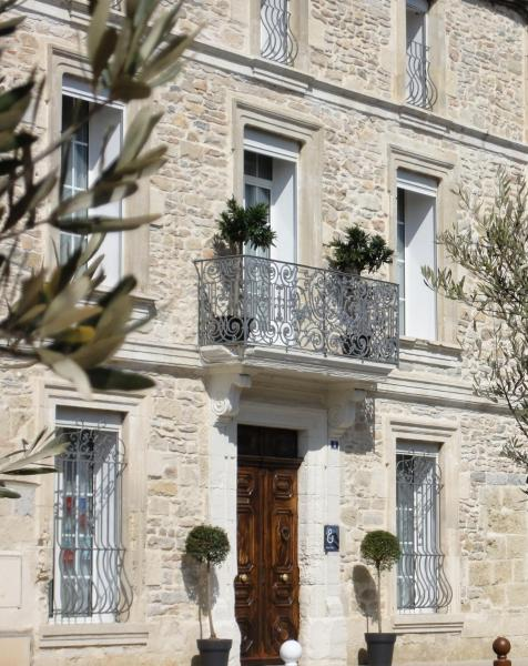 Hotel Pictures: B&B Le Huit & Spa, Uchaud