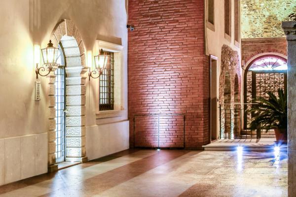 Foto Hotel: Residence Antico San Zeno, Verona