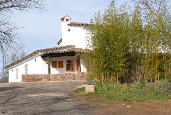Hotel Pictures: Finca Horno de Cal, Aracena